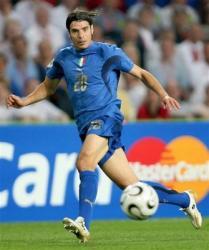 italia706-SimonePerrotta20.jpg