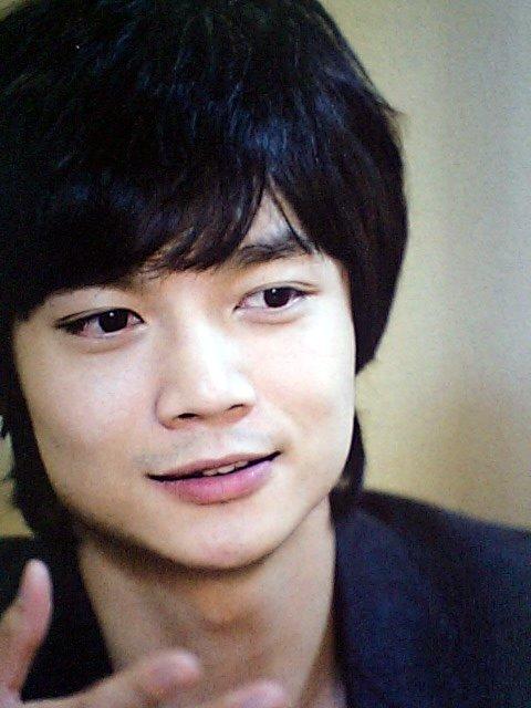 Mnet2008年8月号2