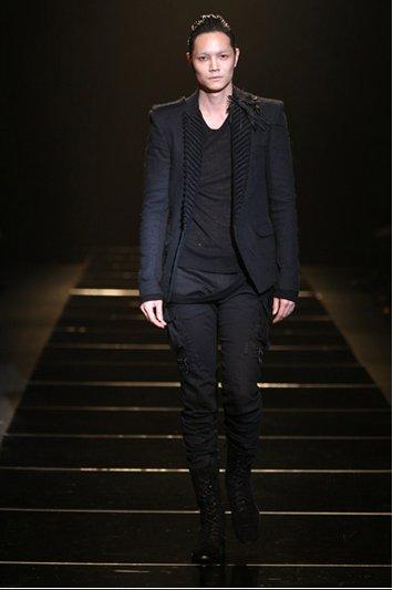 SDY in Black