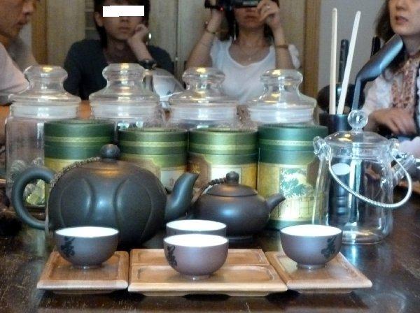 杭州07茶葉博物館お茶の試飲1