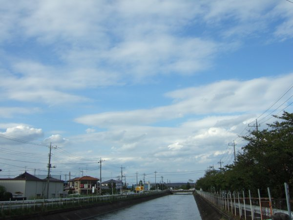 ゆば~ばさまのお散歩01秋の空