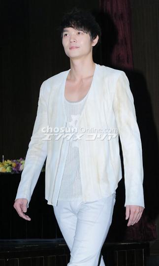 朝鮮日報ドヨン記事20110224-02