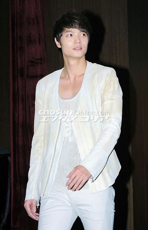 朝鮮日報ドヨン記事20110224-01
