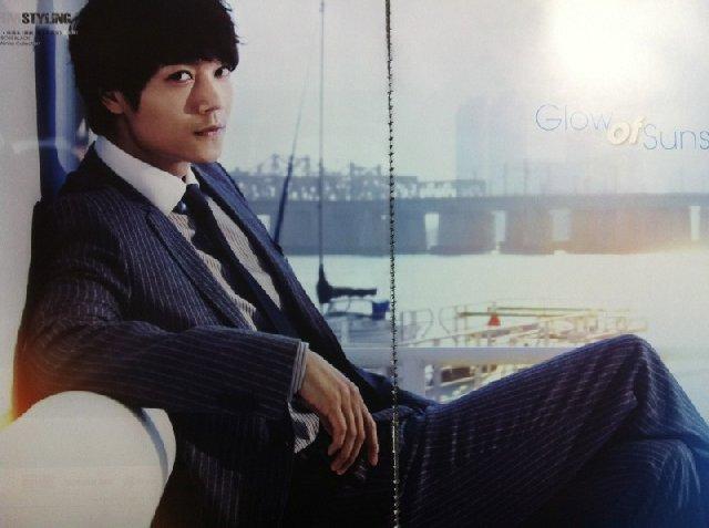 香港雑誌MR2011年8月号1