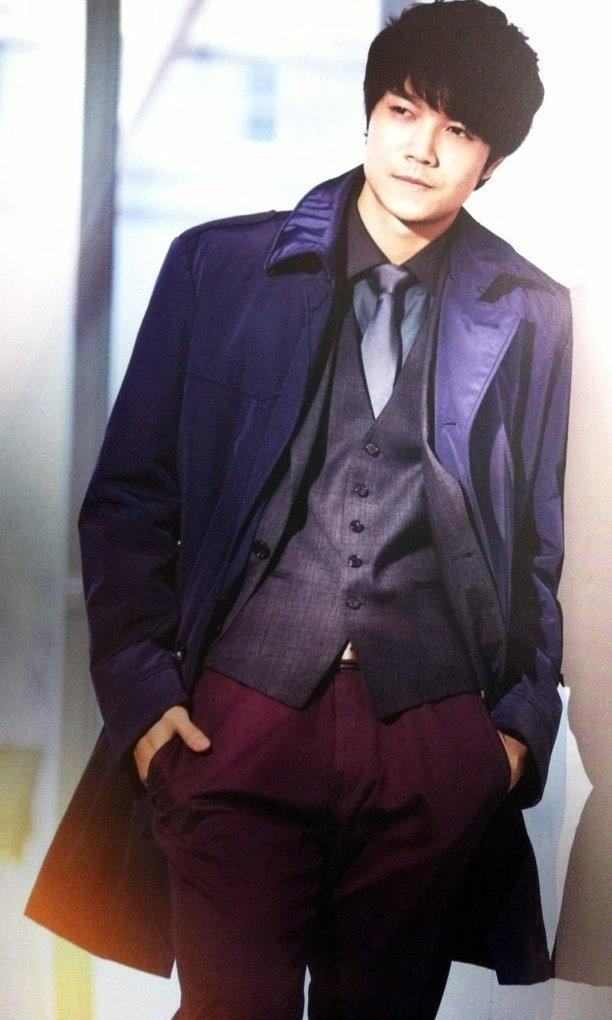 香港雑誌MR2011年8月号3