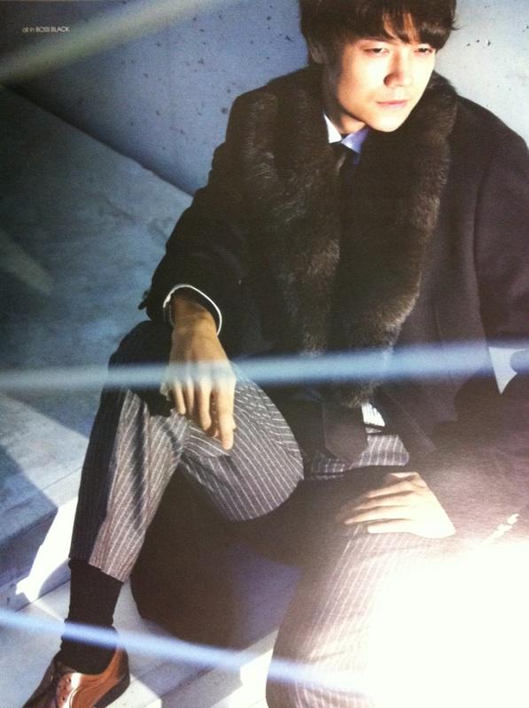 香港雑誌MR2011年8月号2