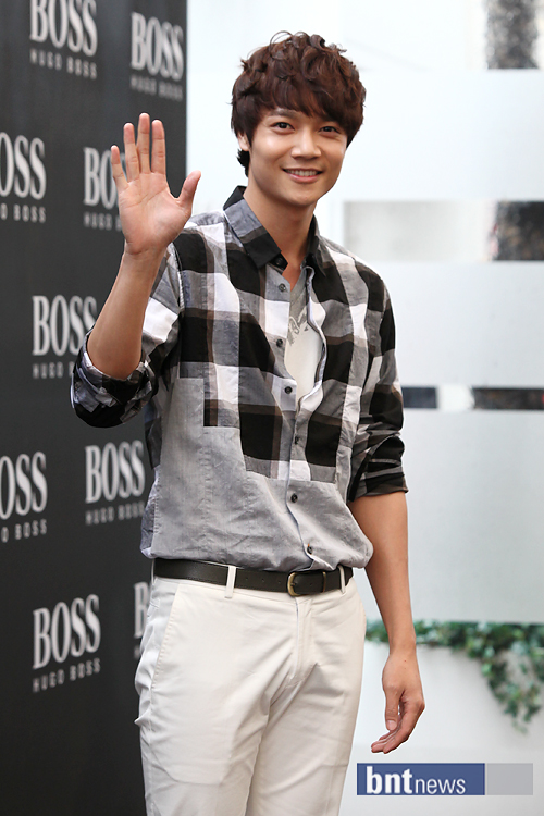 201104071455Hugo Boss Collection