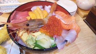 とろ入り海鮮丼