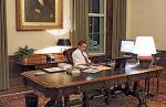 執務室のオバマ大統領