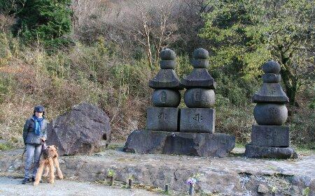 09曽我兄弟の墓