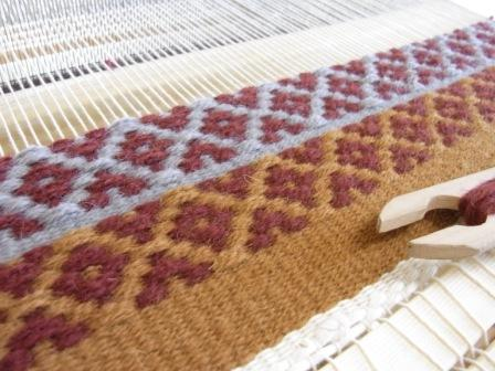 ローゼンゴンのマット ~織りはじめ~