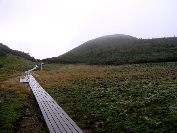 P1010034.JPGイザルケ岳