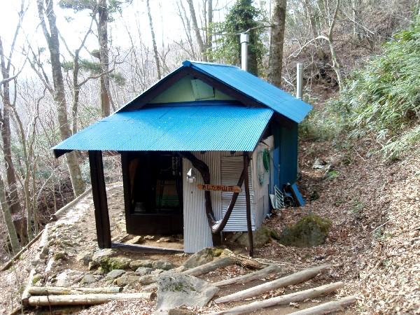 P4050005.JPG山荘.jpg