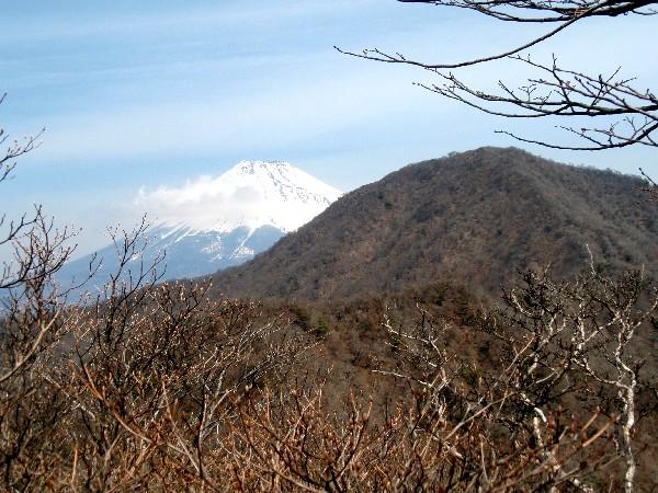 P4050021.JPG呼子岳.jpg