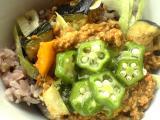 夏野菜の肉味噌ご飯