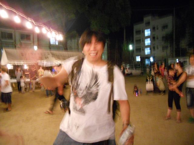015_20110815234344.jpg
