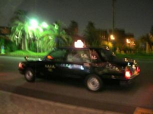 へい!タクシー