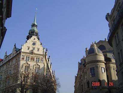 ホテル・パリ