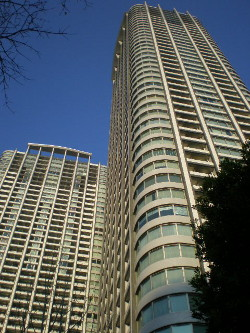 shiodome-street1.jpg