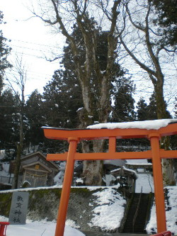 uonuma-shinto-shrine1.jpg