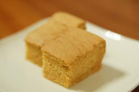 黄な粉のケーキ