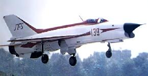j-7fs_2-s.jpg