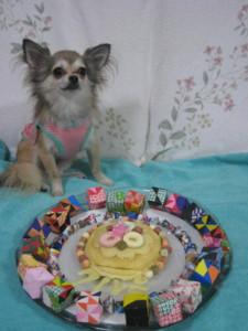 0831 000006 くるみとケーキ