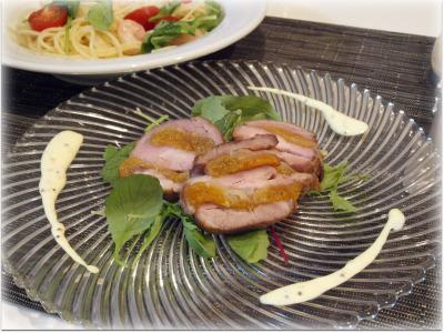豚肉とアプリコットの重ね焼き