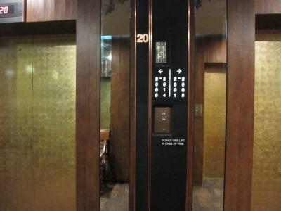 エレベーター(外観)