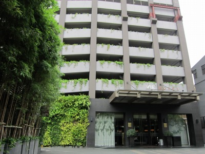 ホテルの外観2