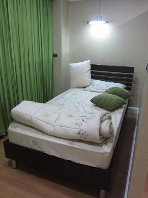 付添人用のベッド