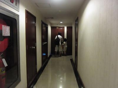 客室に続く廊下