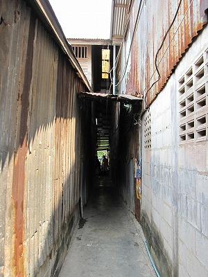 入り口の路地