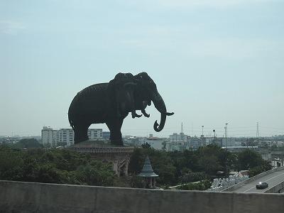 博物館の象2