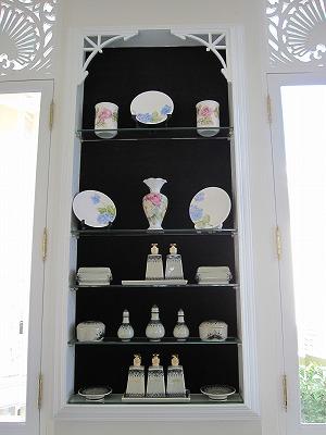 売店内の陶器