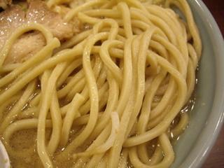 ラーメン二郎 池袋東口店 ブタ入り大ラーメン(麺)