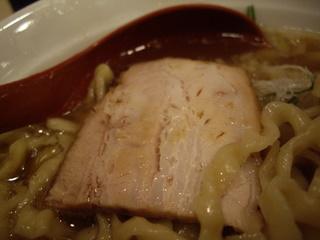 麺や 七彩 喜多方手切りらーめん(チャーシュー)