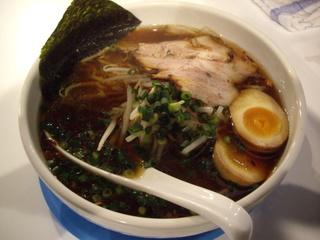 ラーメン屋 OKAZAKi 醤油らぁ麺
