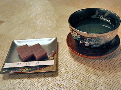甘味 「ようかん、緑茶」