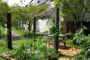 フォレスト玄関前ガーデン