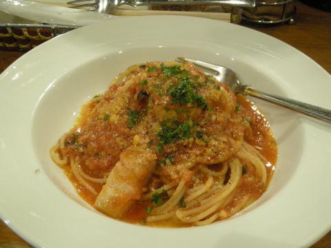 パンチェッタのパスタ、トマトソース