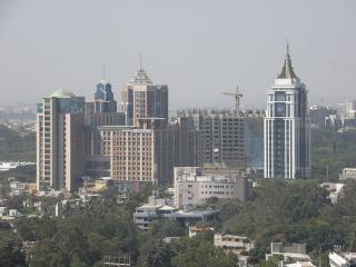 800px-UB_City2C_Bangalore.jpg