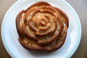 薔薇のパウンドケーキ