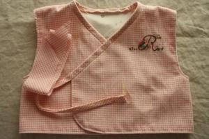 赤ちゃんベストピンクベスト1