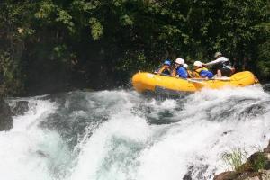 raft1.jpg