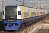 090502-JR-E-255-maihama.jpg