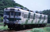 JR-W-DC58-Miyoshi-RapidIwami-1.jpg