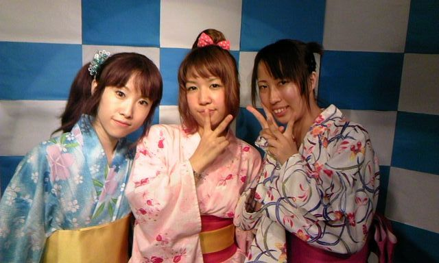 yukata3nin201100826.jpg