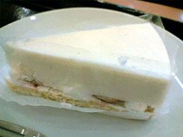 スタバ:ストロベリーレアチーズケーキ