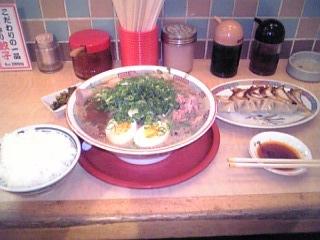 煮玉子醤油ラーメン